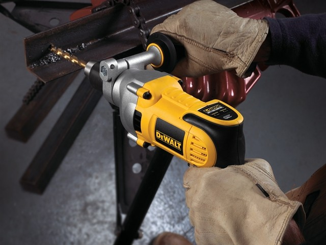 1480194395dewalt-dwd524ks-drills-