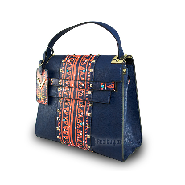 1492199668valentino-woman-hand-bags-2017